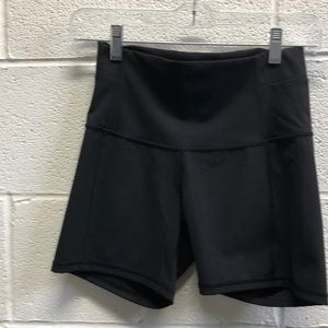 lululemon athletica Shorts - Lululemon black hi waist shorts sz 6 62421